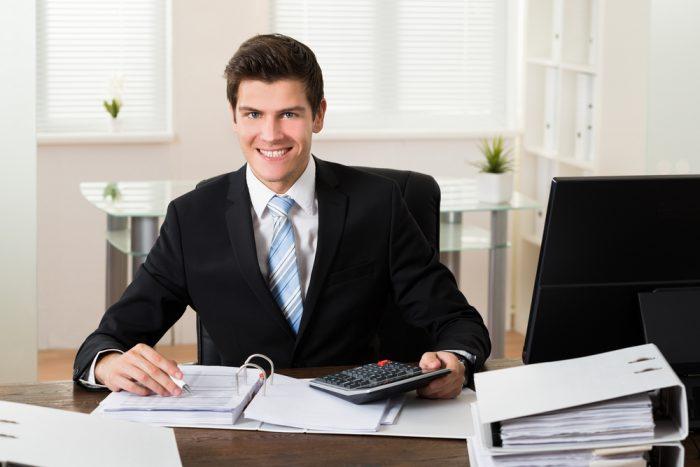 هل يجب عليك الحصول على وظيفة ثانية؟ 2