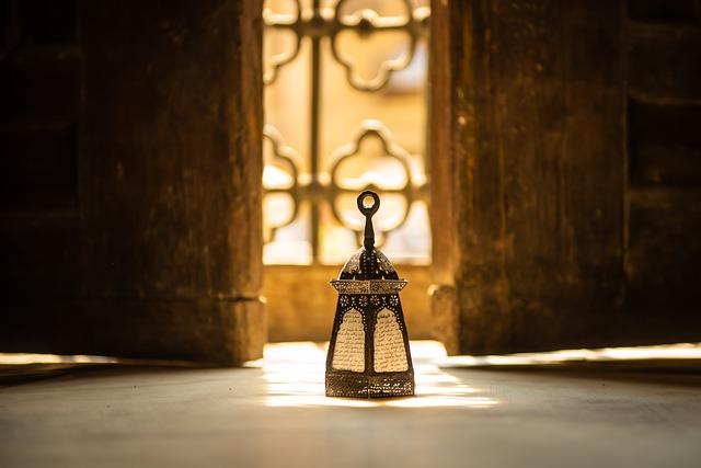 مشروع صناعة فوانيس رمضان 1