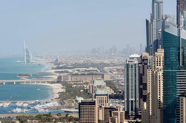 سوق عقارات دبي ينخفض 16% ليصل 111 مليار درهم 6